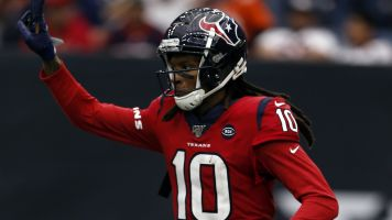 Hopkins-to-Cardinals deal held up over physicals