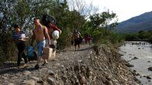 Huyendo de la miseria, los migrantes venezolanos también luchan en el extranjero