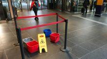 Undichtes Dach: Hauptbahnhof: Warum sich die Bahn nur mit Eimern helfen kann