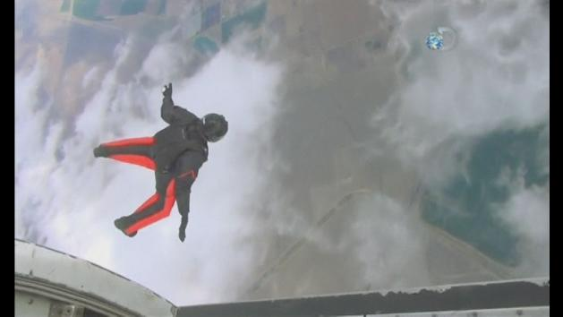 Wingsuit daredevil Joby Ogwyn prepares for Everest jump
