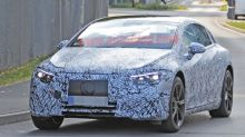 Mercedes-Benz EQS drops camo, shows off its design in spy photos