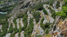 Cinematic cycling scenery, bobsleigh and memories of Dean Jones