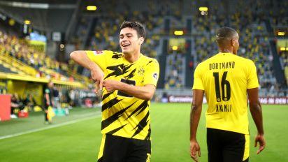 Reyna scores his first Bundesliga goal