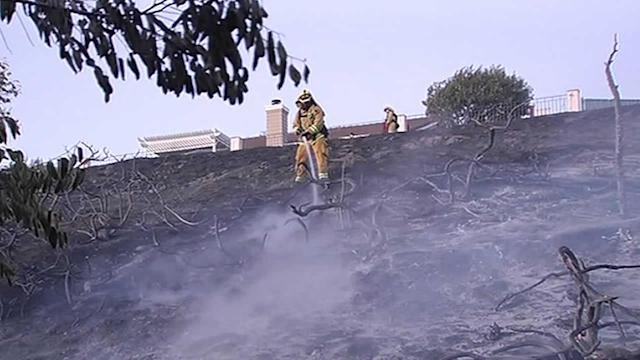 Grass fire comes dangerously close to 40 Antioch homes