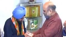 Congress leader and former Delhi minister Arvinder Singh Lovely joins BJP ahead of MCD polls