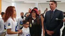 """Bolsonaro se queixa de """"tanta oposição"""" e afirma que vida """"acabou"""" depois de vitória em eleição"""