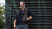 Em novo filme, Joaquin Phoenix mostra que pode ser um Coringa insano