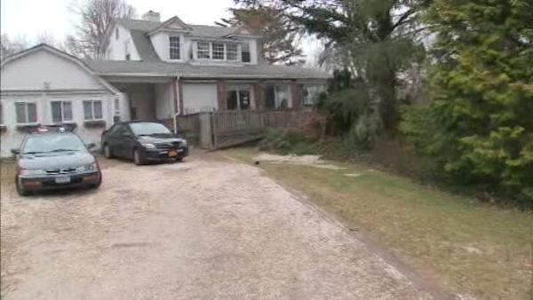 Sayville couple charged after teen alcohol party