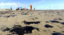 Brazil prosecutors demand government plan for oil spill