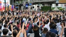 Thaïlande: dispersion dans le calme des manifestants pro-démocratie, appel à un nouveau rassemblement vendredi