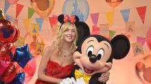 Mickey Mouse: So aufregend war der 90. Geburtstag – und die Party ist noch nicht zu Ende!