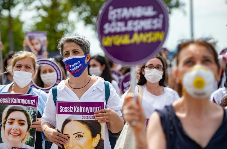 There is growing anger among women in Turkey at the growing number of murders of women there (AFP Photo/Yasin AKGUL)
