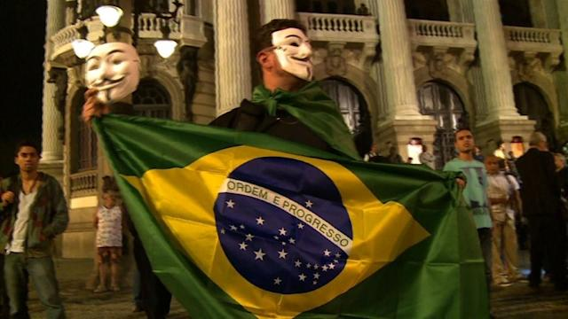 Rio protesters unconvinced by president's proposals