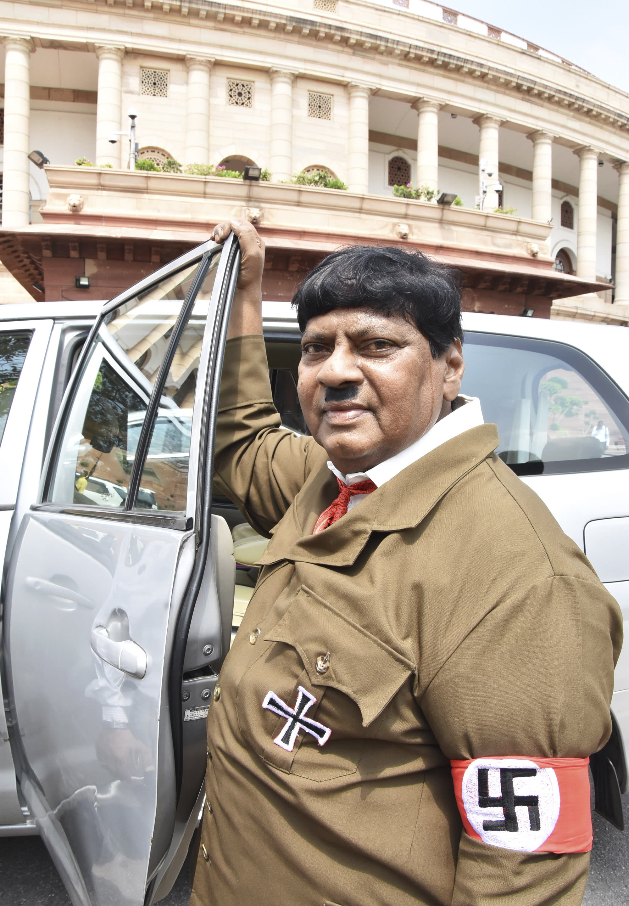 India lawmaker dresses as Hitler to criticize prime minister
