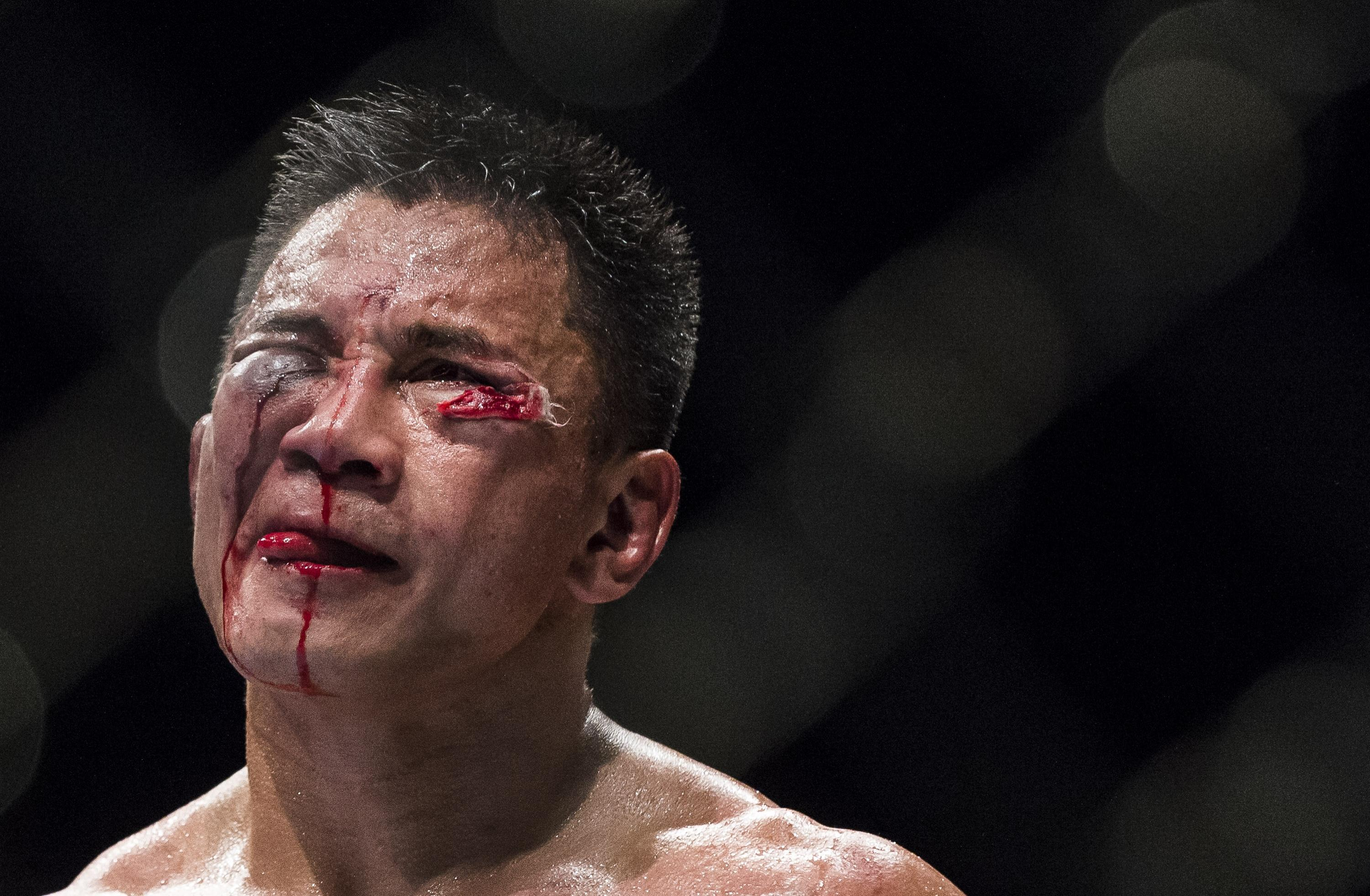 In face of failed test, UFC's Cung Le denies PED use