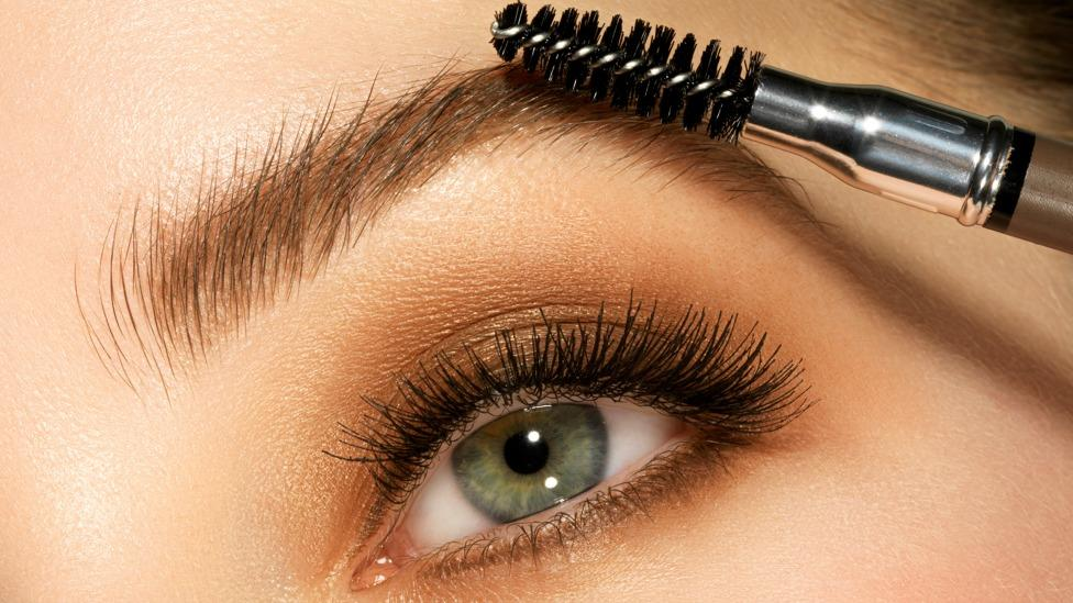 How to get 'perfect' brows in under one minute