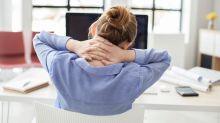 Sitzen ist die neue große Gesundheitsgefahr: 10 Tipps, wie du weniger rumhockst
