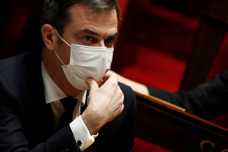 France: Le couvre-feu perd en efficacité face à l'épidémie, dit Véran