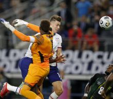 Hoppe's 1st goal lifts US over Jamaica into Gold Cup semis