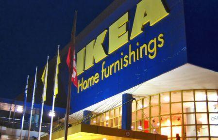 Apple and IKEA, two similar retail stories