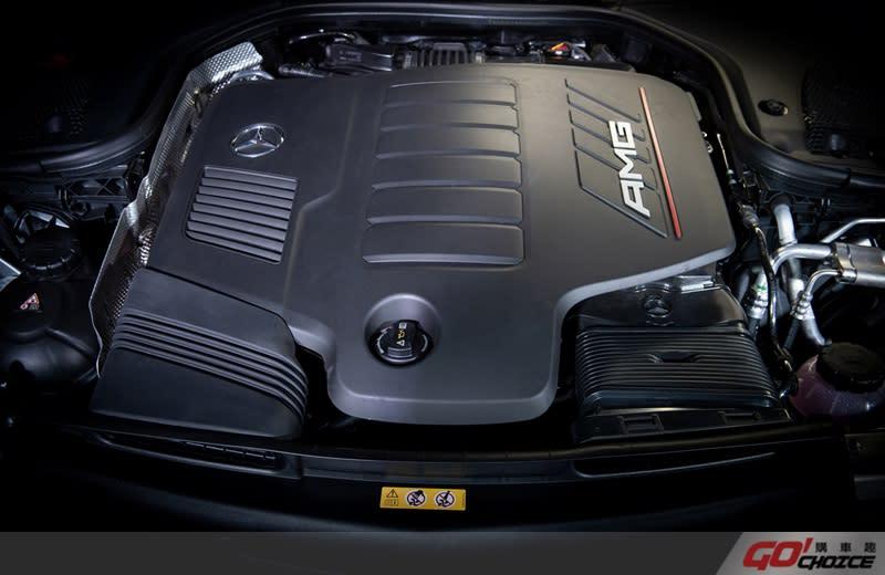 The new CLS 全車型搭載EQ Boost - 48V輕型複合動力系統,使得Mercedes-AMG CLS 53 4MATIC+ 0-100kmh 加速過程更只需4.5秒