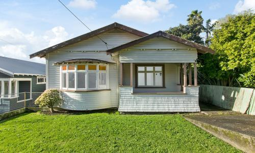 House with no toilet sells for $2m as New Zealand property market soars