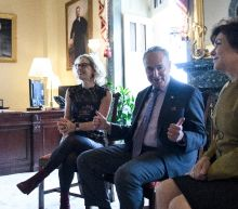 US lawmakers return to work, spending showdown ahead