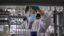 """Vaccino cinese, c'è la svolta: """"È sicuro e induce anticorpi"""". I risultati"""