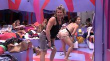 BBB19: Elana e Rízia ensinam Alberto a dançar funk