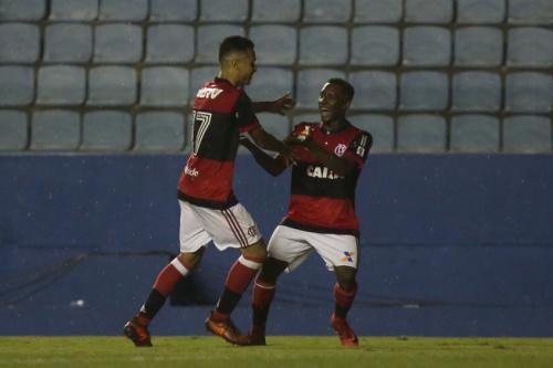 Flamengo goleia o Elosport e terá o Coritiba pela frente na Copinha