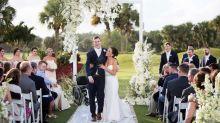 Após 7 anos em uma cadeira de rodas, rapaz caminha até o altar no dia de seu casamento