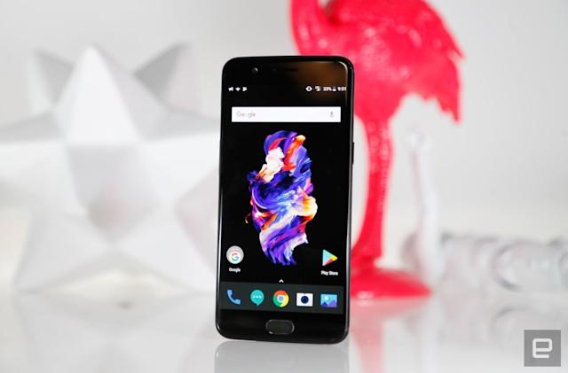 Some OnePlus 5 owners can't dial 911 without the phone rebooting