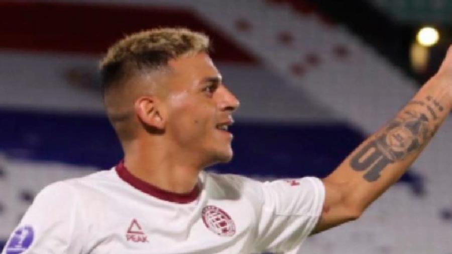 Lanús ganó en Paraguay y sigue a paso firme la estela de Gremio