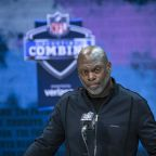 Chargers coach Anthony Lynn speaks out about George Floyd, racial injustice: 'I want change'