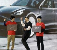 Tesla jolts market with $2 billion stock offering, SEC subpoena