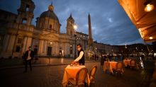 Dinner off as Italy closes restaurants early in virus crackdown