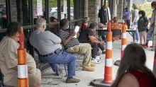 El virus sigue provocando masivo desempleo en EEUU