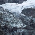 Mont Blanc: Homes evacuated amid fears glacier might collapse