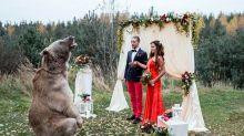 Festa de maconha, bolo de pizza: casamentos nada convencionais