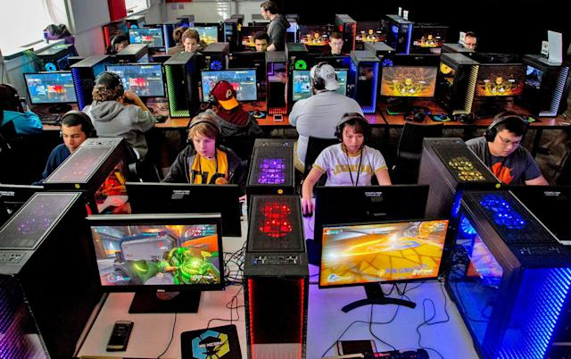 'Overwatch' college esports series will award $40,000 in scholarships