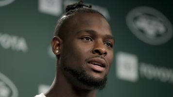 Le'Veon goes on amusing rant about his critics
