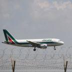 Alitalia to run COVID-tested Rome-New York flights from Dec. 8
