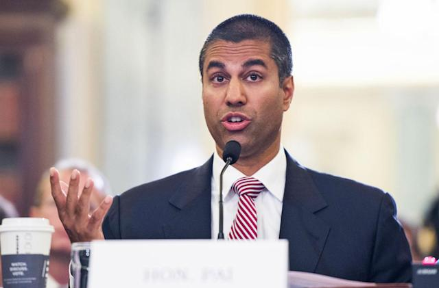 ACLU and 170 other groups ask the FCC to keep net neutrality