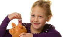 So legen Kinder und Jugendliche günstig ihr Geld an