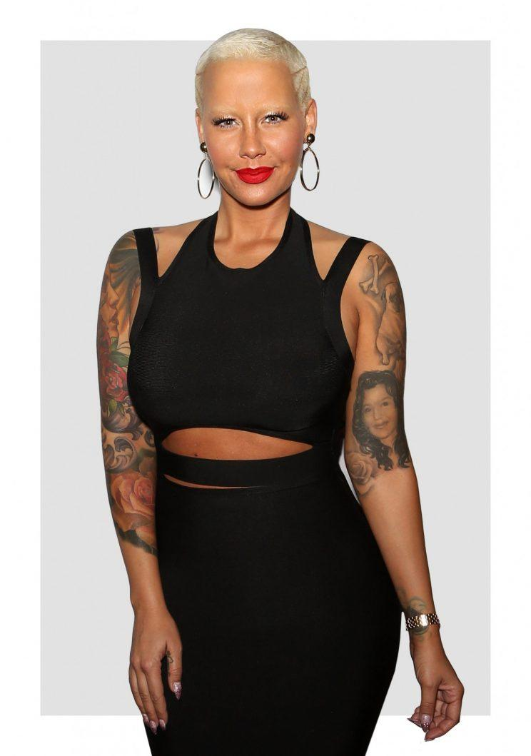amber rose shared a photo of 3 topless women what happened next isn 39 t shocking. Black Bedroom Furniture Sets. Home Design Ideas