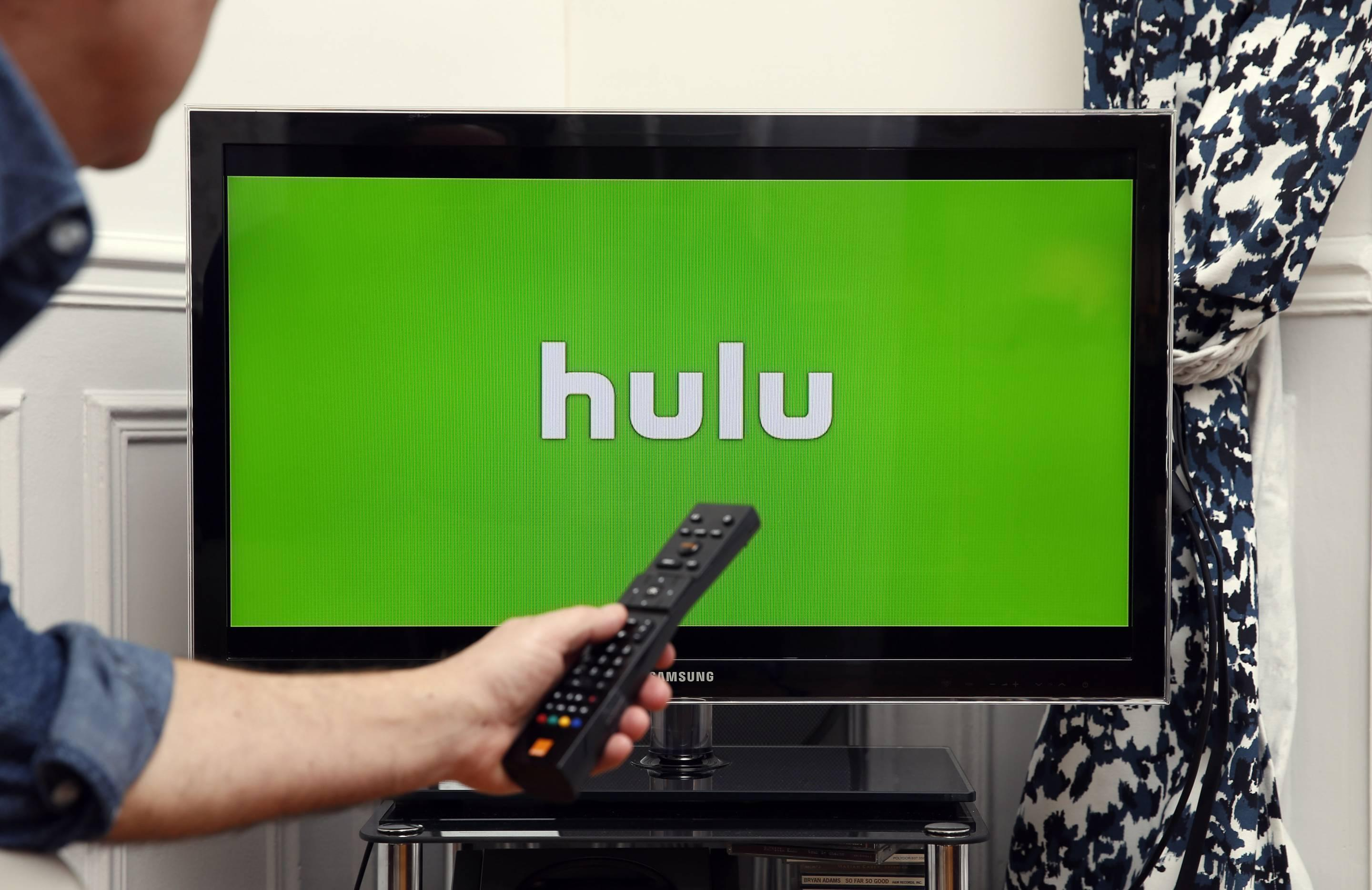 hulu lowers its prices after netflix u0026 39 s biggest price hike