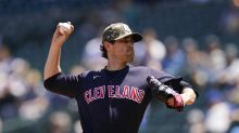 Bieber's strikeout streak ends, Mariners chase Indians ace