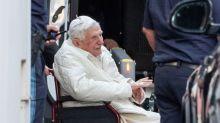 """La santé de l'ancien pape Benoît XVI n'est """"pas source d'inquiétude"""", assure le Vatican"""