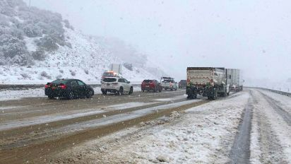 Calif. storms to dump 7 feet of snow, force evacuations