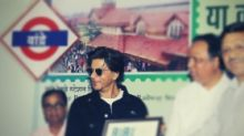 In Pics: Shah Rukh Unveils Postage Stamp at Bandra Railway Station